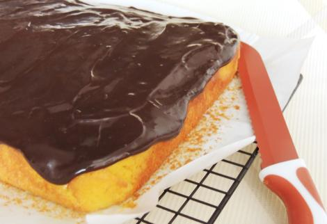 carrot traybake with chocolate icing