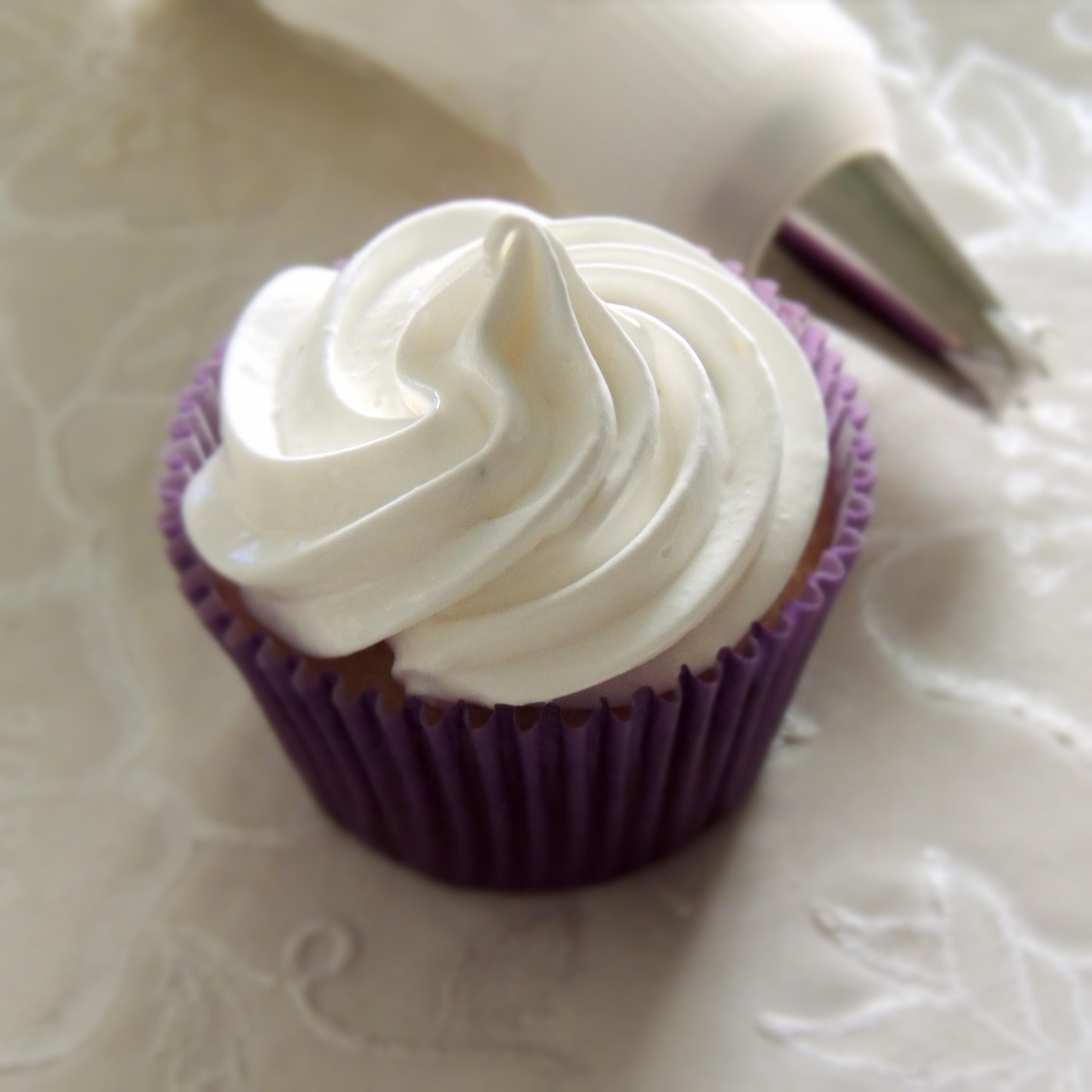 Lime meringue cupcakes | tea with erika