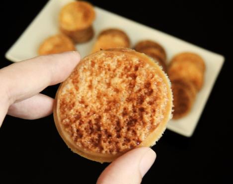 provolone crisps